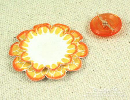Flower & button closeup