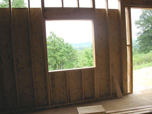 Kitchen window distance