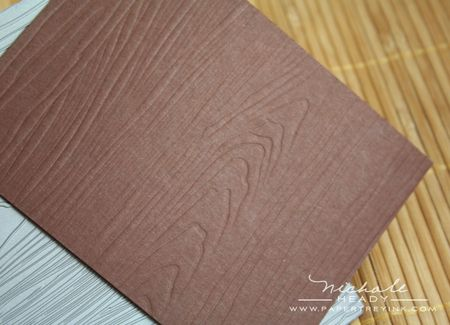 Woodgrain impression plate