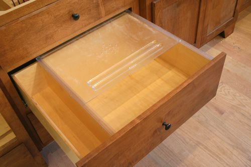 Cabinets bread drawer