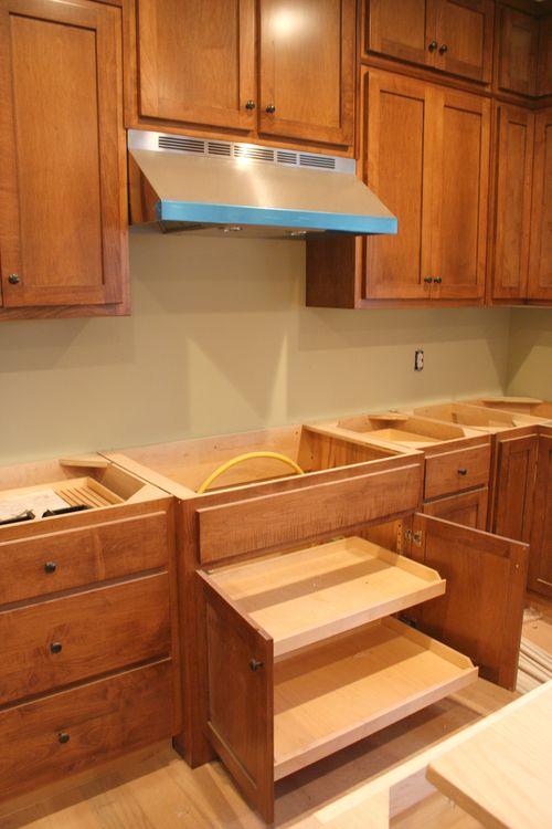 Cooktop cabinet open