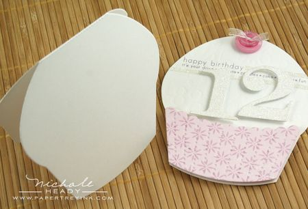 Cupcake card assembly