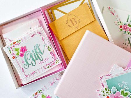4x4 Gold Envelopes
