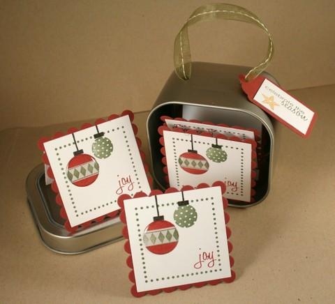 091407_gift_tag_tin_open
