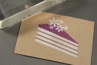 101307_cake_flowers