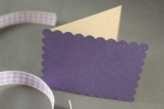 101307_cake_scallop_onto_card_front
