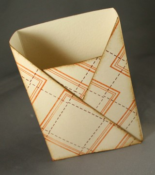 121007_finished_flap_box