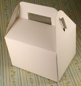 121207_small_gable_box