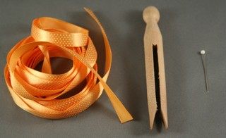 012608_ribbon_clothespin_2