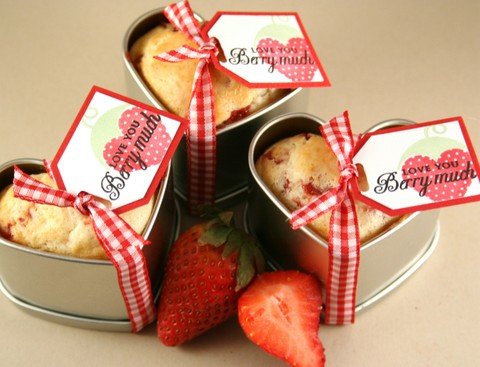 013108_strawberry_muffin_tins