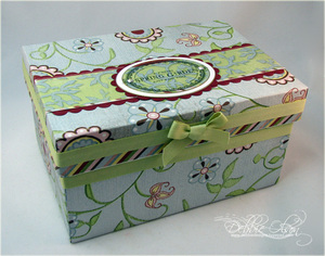 021008_debbies_box