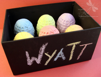 Chalk_egg_box_2