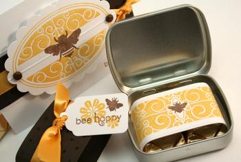 Bee_tin_open