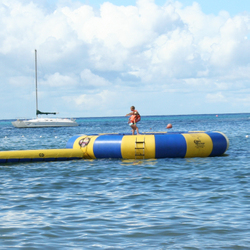 Water_trampoline_in_mexico